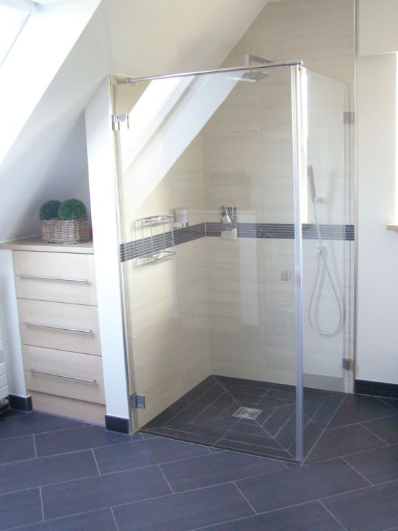 Kalff Bau | Modernes Bad auf kleinem Raum